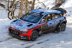 Neuville - Hyundai i20 WRC @ Rally Monte Carlo 2016