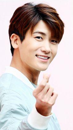 Actors Male, Asian Actors, Korean Actors, Actors & Actresses, Park Hyung Sik, Ahn Min Hyuk, Korean Face, Park Bo Young, Weightlifting Fairy Kim Bok Joo