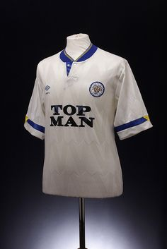 Leeds United Football Shirt (1990-1991, home)