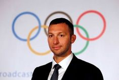 Star athletes sign open letter pleading for more money to rescue Australian sport from 'mediocrity' Ian Thorpe, Open Signs, Open Letter, News Articles, Lettering, Stars, Athletes, Letters, Texting