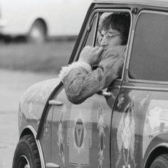 Like A Rolling Stone, Rolling Stones, Classic Mini, Classic Cars, Beautiful Women Quotes, Moto Car, Mini Coopers, Rock Legends, Small Cars