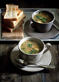 Soup Curry with Toasts