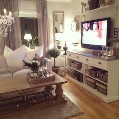 color scheme. coffee table. chandelier.