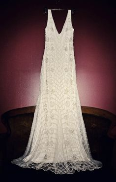 The type of dress I want on my day....love the 20s  1920s Wedding || Dress || E + A