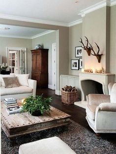 Having small living room can be one of all your problem about decoration home. To solve that, you will create the illusion of a larger space and painting your small living room with bright colors c… Home Living Room, Living Room Designs, Living Room Decor, Living Spaces, Apartment Living, Dark Wood Furniture Living Room, Living Area, Living Room Inspiration, Home Decor Inspiration