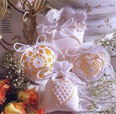 Grace y todo en Crochet: BOLSITAS PERFUMADAS...BAGS SCENTED ...
