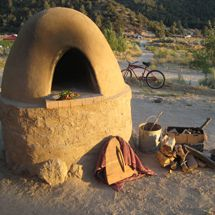 entries tagged with cob-oven Wood Oven, Wood Fired Oven, Wood Fired Pizza, Adobe Homes, Four A Pizza, Pizza Oven Outdoor, Kitchen Oven, Vernacular Architecture, Pizza Ovens
