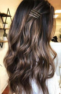 light brown hair color ideas, brown hair color with highlights, chocolate brown hair color, shades of brown hair color Balayage Ombré, Brown Hair Balayage, Hair Color Balayage, Ombre Hair, Dye Hair, Bayalage, Brown Hair Shades, Light Brown Hair, Brown Hair Colors