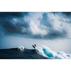 surfing, maldives.