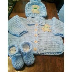 Free Crochet Pattern and Instructions For Newborn Sweater, Hat & Booties