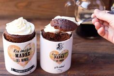 Receta definitiva de Mug cake de Guinness. Solo 3 minutos en el microondas. Choco Chocolate, Cooking Cake, Mug Recipes, Confectionery, Baking Ingredients, Cookie Dough, Delicious Desserts, Food And Drink, Guinness