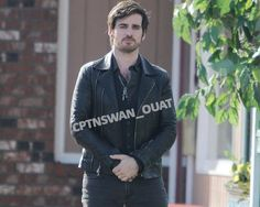 """Colin O'Donoghue - Behind the scenes - 5 * 23 """"An Untold Story"""" - 29 March 2016 Captain Swan, Captain Hook, Hook Ouat, Killian Jones, Colin O'donoghue, Best Shows Ever, Once Upon A Time, On Set, Behind The Scenes"""