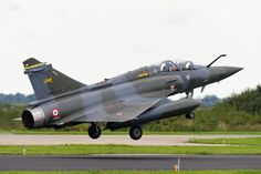 """As part of exercise """"EMBOW"""",French Air Force deployed in Netherlands, on air base in Leeuwarden, at least three Mirage 2000D from the Military Expertise Centre (formerly Centre Experiences AM) and a C-160 Transall which probably brought the mechanics or equipment for aircraft.According to Air Force, NATO exercise, held every two years """"aims to evaluate the effectiveness of embedded infrared self-protection systems on board aircraft"""" and brings together dozens of aircraft, and helicopters."""