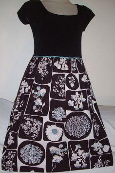 Leona Edmiston Stretchy Multi Coloured Short Sleeved Dress - Size 2 in Clothing…