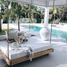 Interior decorating and home design ideas to make your place a better. Living room, bedroom, kitchen, and other rooms inspirations. Outdoor Hanging Bed, Hanging Beds, Outdoor Rooms, Outdoor Living, Outdoor Daybed, Hanging Chairs, Backyard Beach, Design Living Room, My Dream Home
