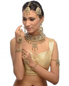 Sadhna Jewelry Set- Buy Jewelry Sets,Wedding,Veemaksh Bridal Jewelry,Day 5,Jewelry Online | Exclusively.in