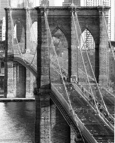 3 stycznia 1870 – Rozpoczyna się budowa Brooklyn Bridge / The construction of the Brooklyn Bridge begins.