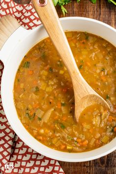 Chunky Vegetable Soup, Vegetable Soup Recipes, Healthy Soup Recipes, Cooking Recipes, Savoury Recipes, Diet Recipes, Low Fat Soups, Greek Chickpea Salad, Slimming World Recipes Syn Free