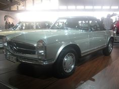 1968 Mercedes Benz 280 SL  Yes yes yes