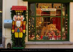 Love the Kathe Wohlfahrt Christmas shops in Germany ... all of them capture the beauty and spirit of an old world Christmas and the German Christmas markets.