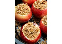 granola-baked-apples-article