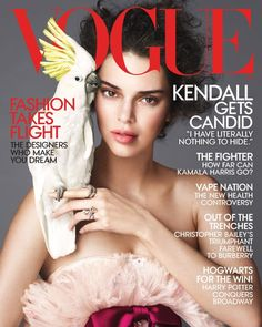 American Vogue enlists top model Kendall Jenner to star in ''Flights of Fancy'', the cover story of their April 2018 issue lensed by Mert Alas and Marcus Piggott. Vogue Covers, Vogue Magazine Covers, Fashion Magazine Cover, Fashion Cover, Fashion Shoot, Kendall Jenner, Kris Jenner, Kendall And Kylie, Kendall Vogue