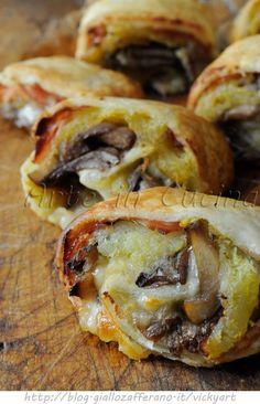 Girelle di sfoglia ai funghi e patate ricetta antipasto VICKYART ARTE IN CUCINA