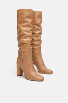 Zara kozaki camel w Buty damskie Allegro. Leather High Heel Boots, Mid Heel Shoes, Knee High Boots, Ankle Boots, Nude High Heels, Womens High Heels, Bootie Boots, Shoe Boots, Zara Boots