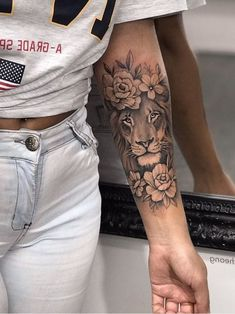 jaicheong - Tattoos For Women Small Unique Forarm Tattoos, Girl Arm Tattoos, Leo Tattoos, Cute Tattoos, Beautiful Tattoos, Body Art Tattoos, Hand Tattoos, Tattoos For Guys, Tattoo Ink