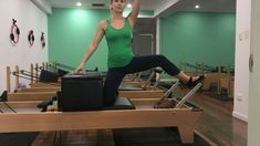 Spicing up my Glute workouts with this Side Kneeling Glute Foot on Bar exercise! I like doing 2 set Best Kettlebell Exercises, Pilates Reformer Exercises, Glute Workouts, Club Pilates, Pilates Barre, Weight Loose Tips, Yoga Movement, Types Of Yoga, I Work Out