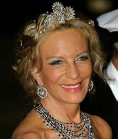 Princess Michael of Kent, wearing daisy brooches mounted as a Tiara, United Kingdom (diamonds).
