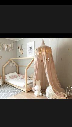 lit cabane et lit cabane poup e my sweet home pinterest lit cabane lit et cabane. Black Bedroom Furniture Sets. Home Design Ideas
