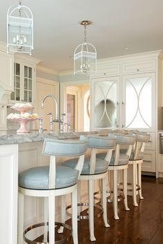 Morgan harrison home cool kitchens home decor house design modern white kitchen bar stools kitchen island . House Of Turquoise, Beautiful Kitchens, Cool Kitchens, Kitchen Stools, Kitchen Cabinets, White Cabinets, Counter Stools, Modern Cabinets, Home Decor Kitchen