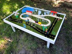 how to make your own train table - great detailed instructions!