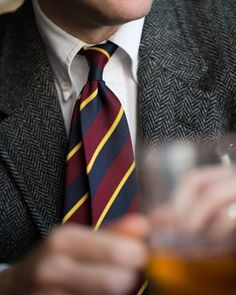 Tweed and repp stripes to fight off the last of the cold. Sport coat and shirt by tie by Preppy Mens Fashion, Country Fashion, Ivy League Style, Ivy Style, Mens Attire, Gentleman Style, English Gentleman, Suit And Tie, Preppy Style