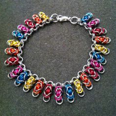 Wire Jewelry, Handmade Jewelry, Chainmaille Bracelet, Unique Bracelets, Chain Mail, Weaving, Jewelry Making, Pendants, Pendant Necklace