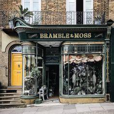 The 20 prettiest London shop fronts