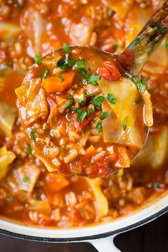 Cabbage Roll Soup // love this easy recipe, browned the meat & threw everying in slow cooker #healthy #lowcarb