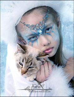 http://fc07.deviantart.net/fs22/f/2007/356/1/2/Ice_Princess_by_FrozenStarRo.jpg