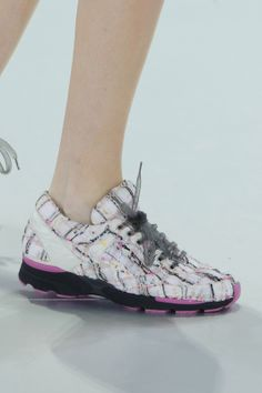 """Karl Lagerfeld Makes """"Sneakers Haute-Couture"""" for Your Feet... Rejoice!!!"""