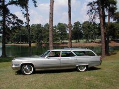 1970 Cadillac Fleetwood Custom Station Wagon