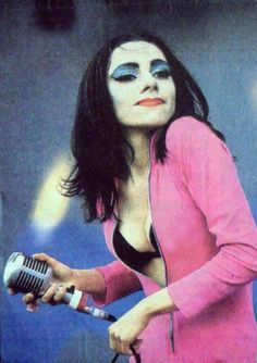 PJ Harvey - love her!