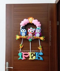 ipek isimli baykuş kız bebek kapı süsü Baby Nursery Neutral, Gender Neutral Baby, Baby Door Decorations, Felt Crafts, Diy And Crafts, Girl Curtains, Baby Room Design, Room Wallpaper, Nursery Inspiration