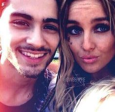 Zayn Malik and Perrie Edwards. i want Zayn's smiling face back! One Direction Girlfriends, Members Of One Direction, The Girlfriends, I Love One Direction, Zayn Perrie, Zayn Malik, Boys Who, Bad Boys, Perrie Edwards