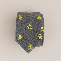 jolly roger tie...cool!