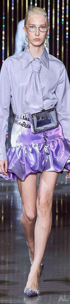 Area SPRING 2020 READY-TO-WEAR Ny Fashion Week, Lace Skirt, Ready To Wear, Mini Skirts, How To Wear, Spring, Capsule Wardrobe, Mini Skirt