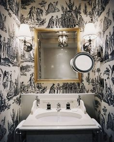 [CasaGiardino] ♡ I LOVE the b+w toile in this powder room.elegant and warm, despite the absence of colour. (Wallpaper in the powder room - Interior Design by Pierre-Yves Rochon for Hotel Keppler) Powder Room Wallpaper, Toile Wallpaper, Bathroom Wallpaper, Wallpaper Ideas, Wallpaper Decor, Painting Wallpaper, Print Wallpaper, Pattern Wallpaper, Bad Inspiration