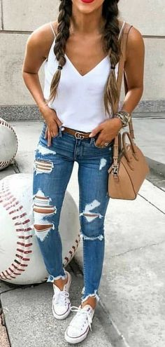 Outfits femme # mode # casual # mode casual pour femme printemps 2019 Outfits woman # fashion # casual # fashion casual for women spring 2019 Outfits: Description woman # fashion # casual # fashion casual for women spring 2019 Summer Work Outfits, Cool Outfits, Summer Wardrobe, Casual Summer Outfits With Jeans, Casual Fall, Dressy Outfits, Cute Jean Outfits, Womens Fashion Casual Summer, First Date Outfit Casual