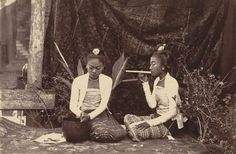 """Burmese girls making cheroots"", a photograph by Willoughby Wallace Hooper taken probably in Mandalay, 1886."