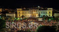 Η Μεγάλη Παρασκευή της Σύρου Syros Greece, Rainbow Water, Tourism, Mansions, House Styles, Holiday Decor, Islands, Articles, Turismo